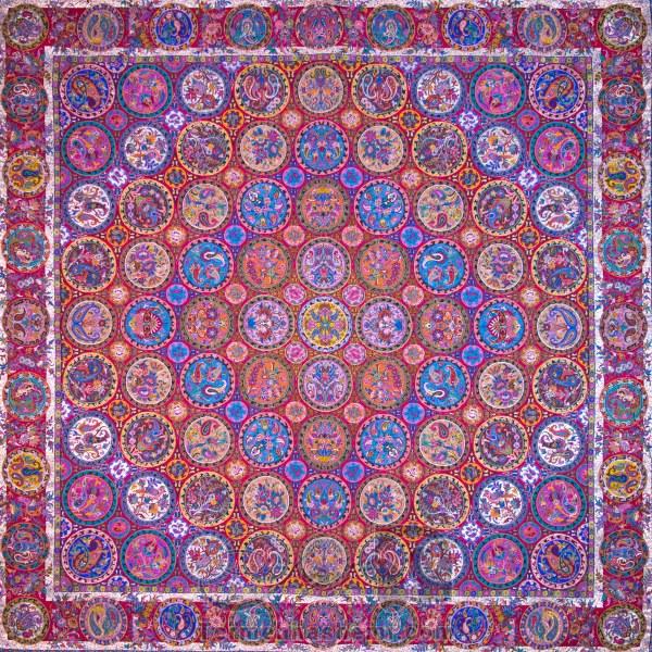 رومیزی ترمه طرح هفت خوان - مربع ۱۰۰×۱۰۰ سانتی متر - رنگ قرمز تار مشکی