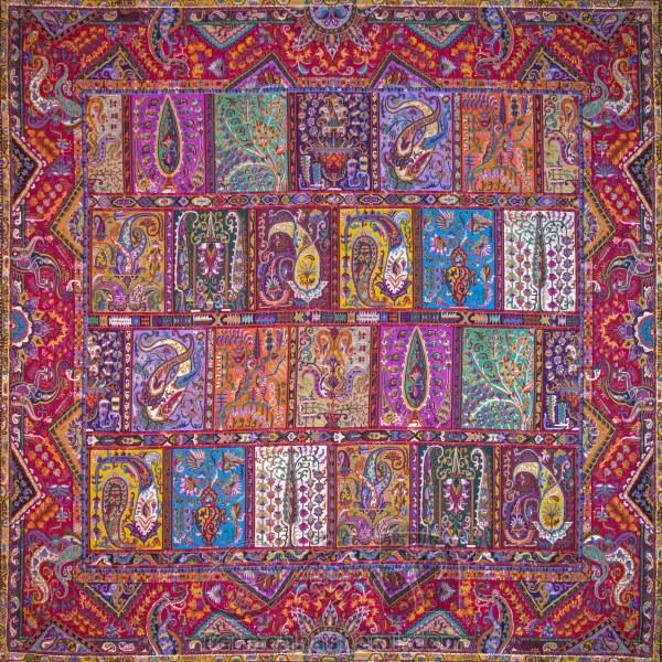 رومیزی ترمه طرح دیوان خشتی - مربع ۱۰۰×۱۰۰ سانتی متر - رنگ قرمز تار مشکی